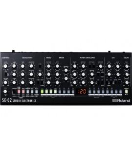 Roland SE-02 szintetizátor