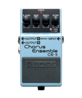 BOSS CE-5 Chorus Ensemble Szólógitár effekt