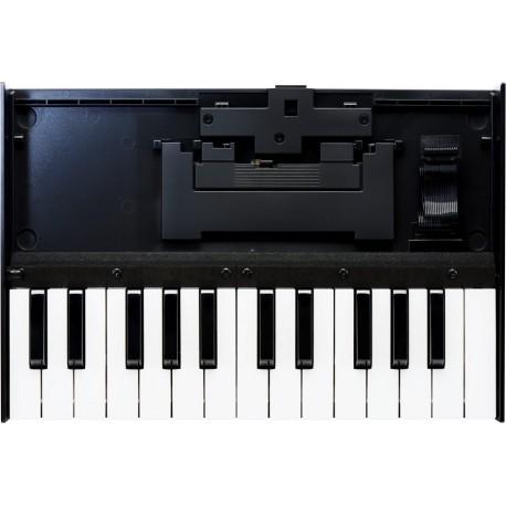 Roland K-25m hordozható billentyűzet